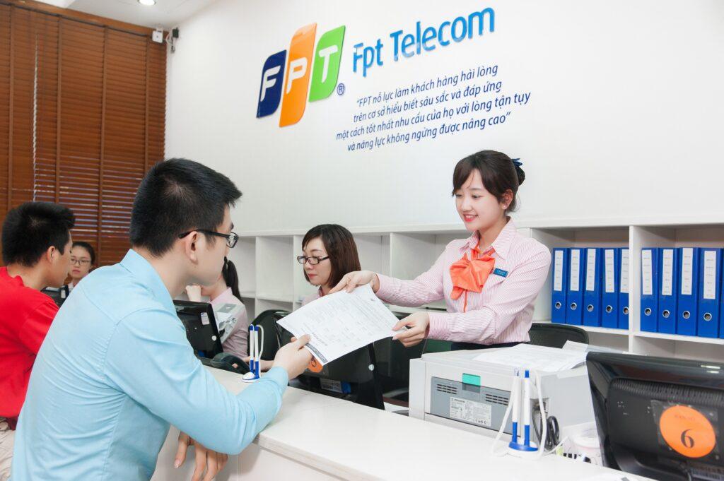 Tổng đài lắp mạng Internet FPT