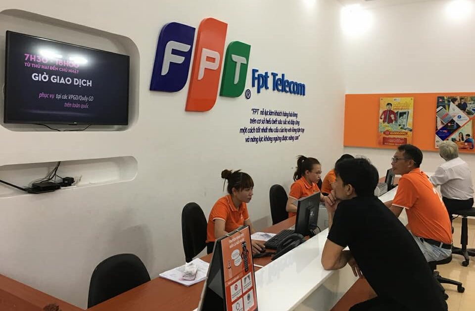 Đăng ký lắp đặt internet FPT